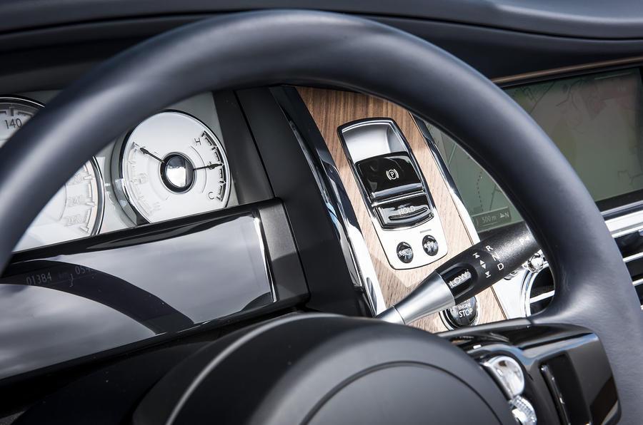 Rolls-Royce Dawn parking brake