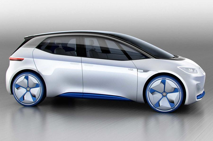 Automakers show off electric cars at Paris show