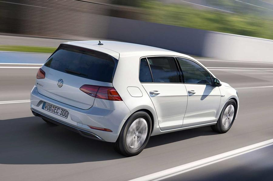 2017 Volkswagen e-Golf revealed in LA