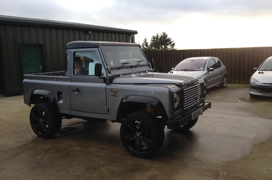 Land Rover Defender