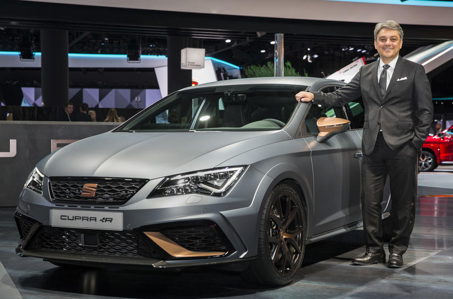 Seat Leon Cupra R ST - 300 PS estate gets unveiled