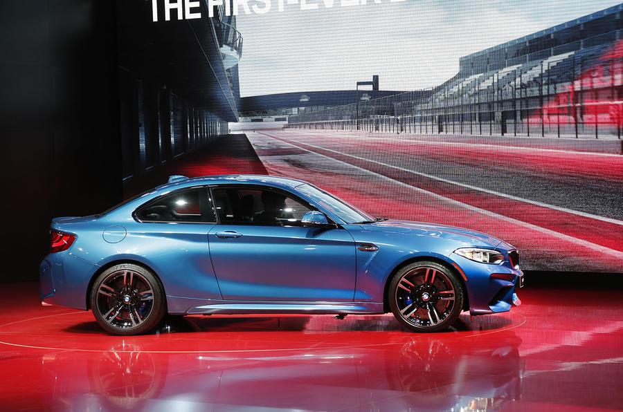 Elegant 2016 BMW M2 Revealed  New Video And Exclusive Studio