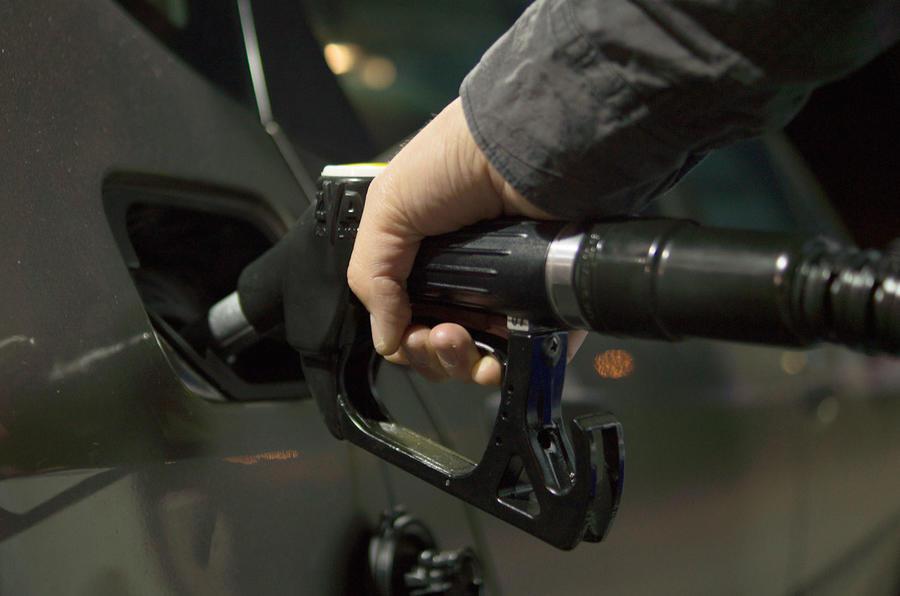 Diesel fuel nozzle