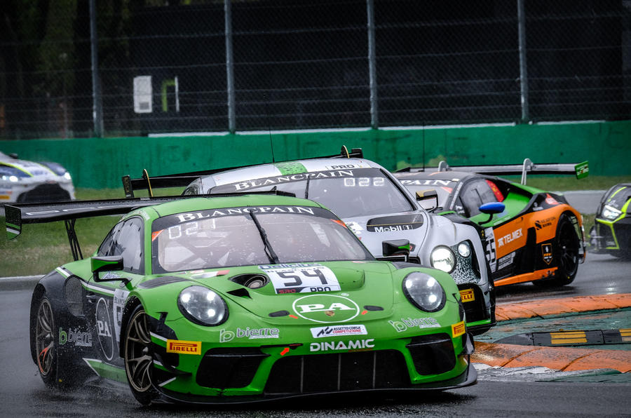 Porsche 911 GT3 R cornering