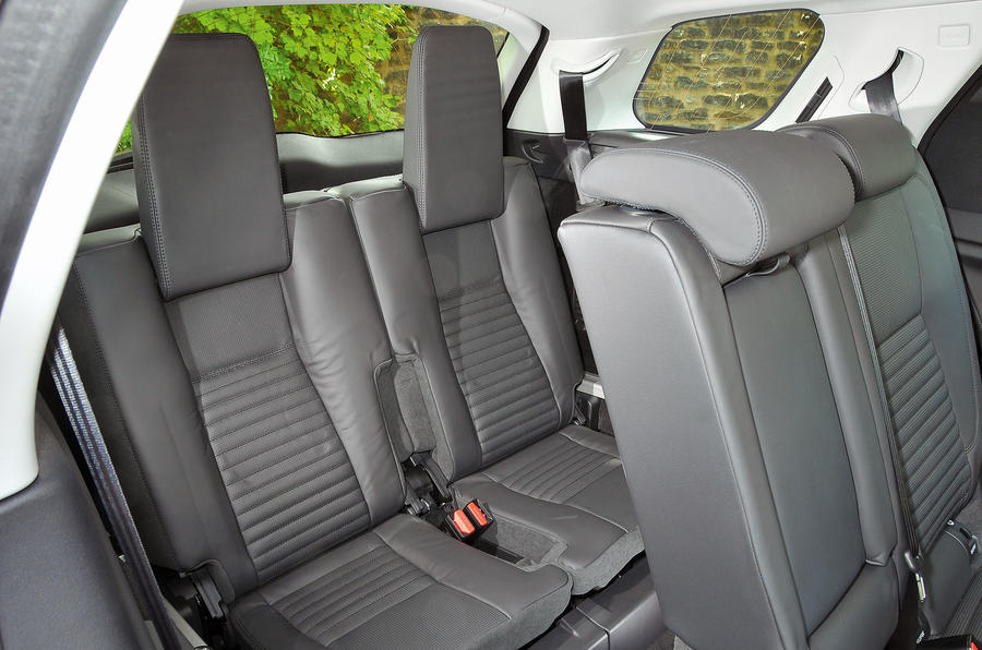 Land Rover Discovery Sport third row seats