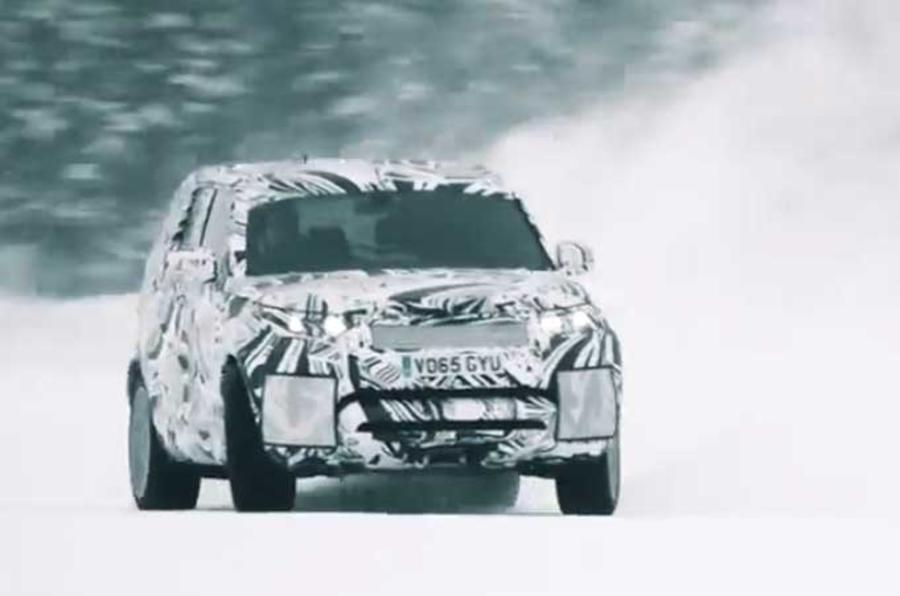 Land Rover Discovery struts its Off-Road prowess in new videos