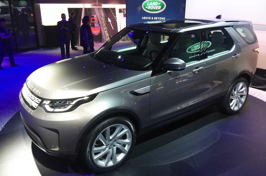 2016 - [Land Rover] Discovery V - Page 5 Discolive-02