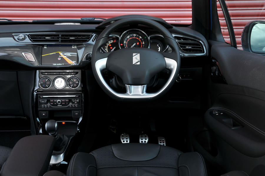 Citroën DS 3 DSport Plus dashboard