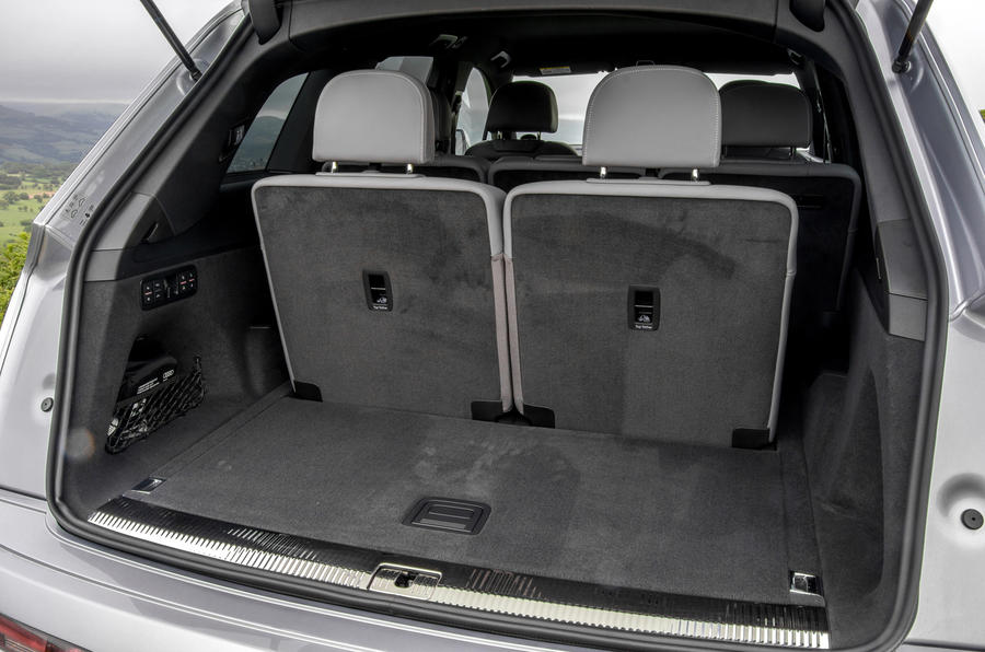 Audi Q7 third row seats