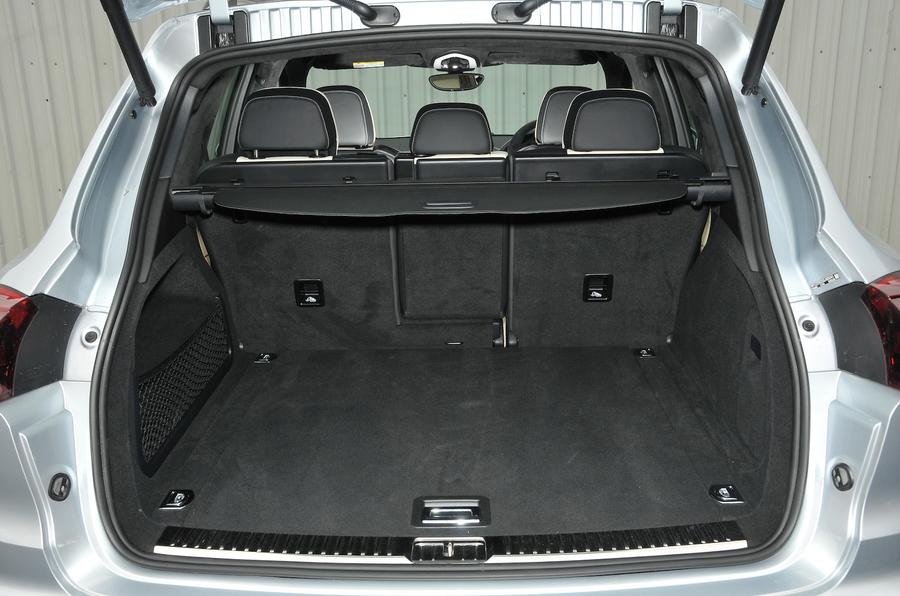 Porsche Cayenne Turbo S boot space