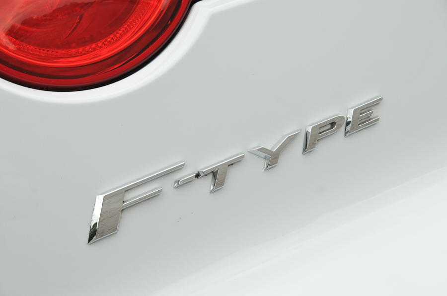 Jaguar F-type badge