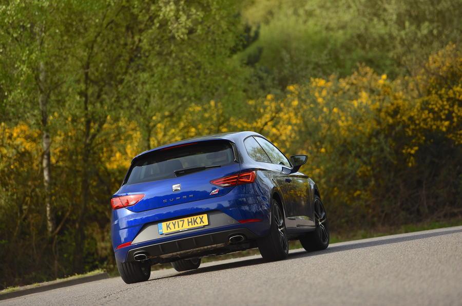 Seat Leon SC Cupra 300 rear