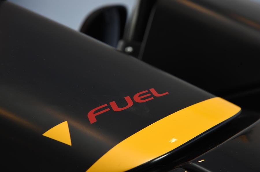 Zenos E10 R fuel cap