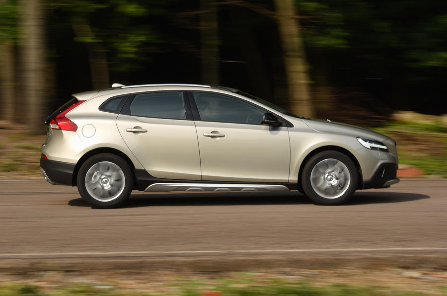 2016 volvo v40 cross country d2 review review autocar. Black Bedroom Furniture Sets. Home Design Ideas