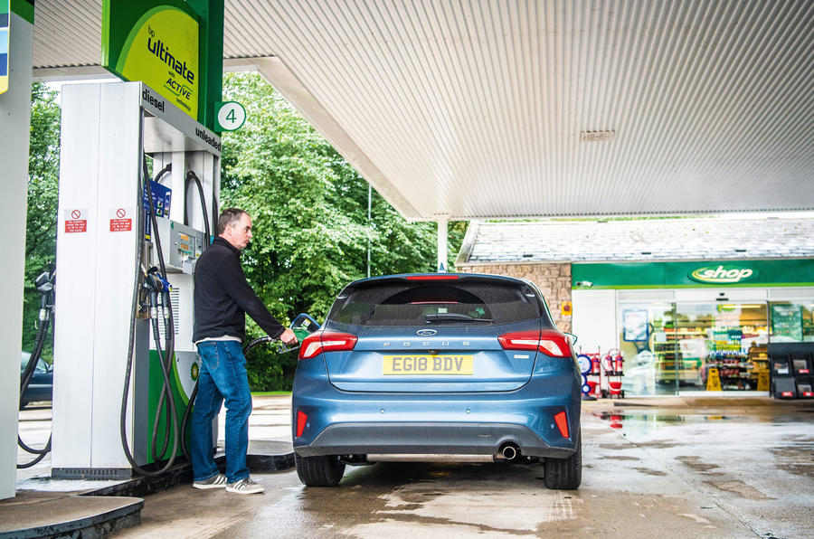 Ford Focus fuelling