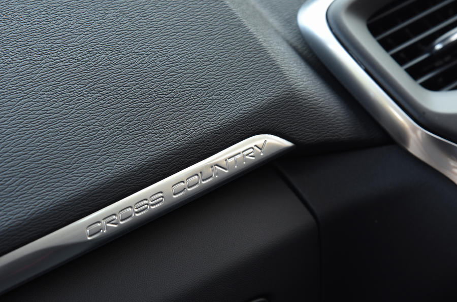 Volvo V40 Cross Country decals