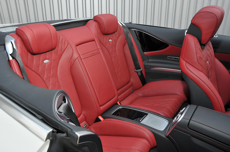 Mercedes-Benz S500 Cabriolet rear seats