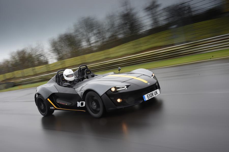 Zenos hybrid model under consideration