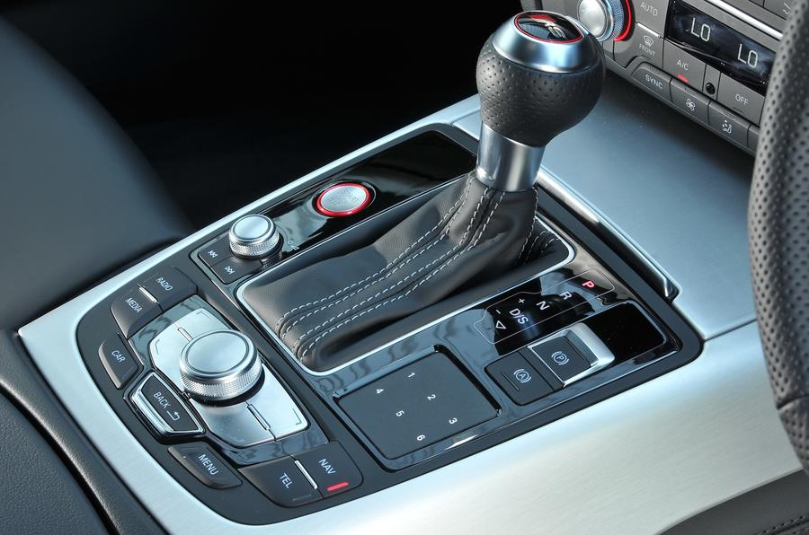 Audi RS7 Performance S-Tronic gearbox