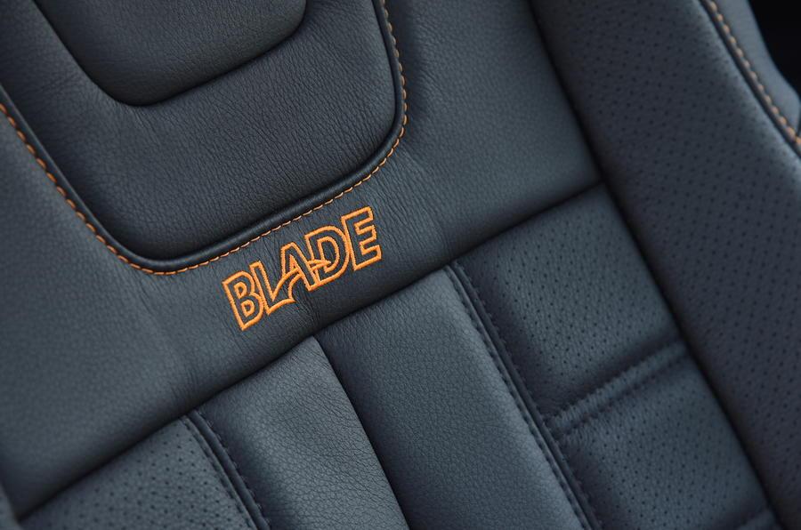 Isuzu D-Max Blade leather seats