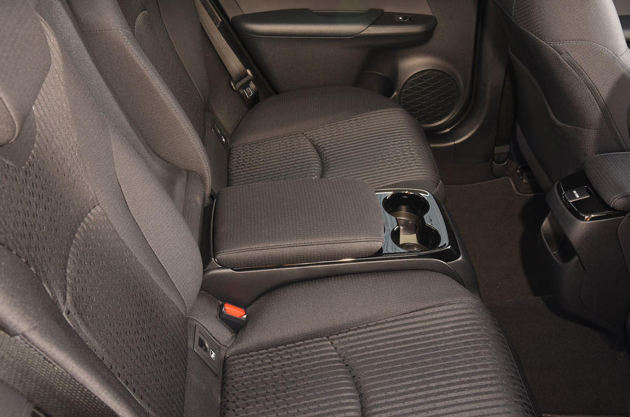 Toyota Prius Plug-in rear seat cupholders