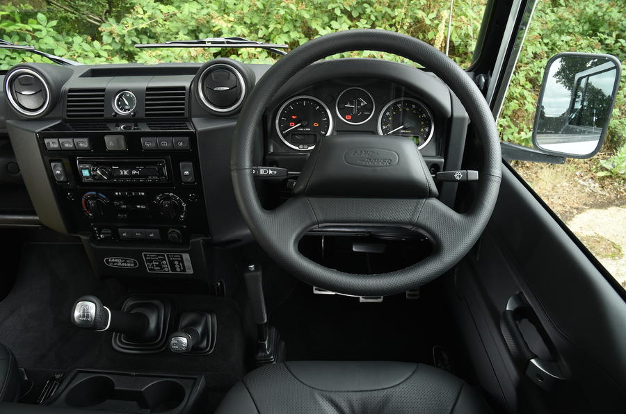 Land Rover Defender 110 steering wheel