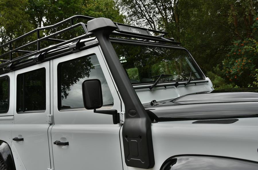 Land Rover Defender air intake