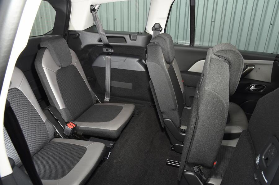 Citroën C4 Grand Picasso third row seats