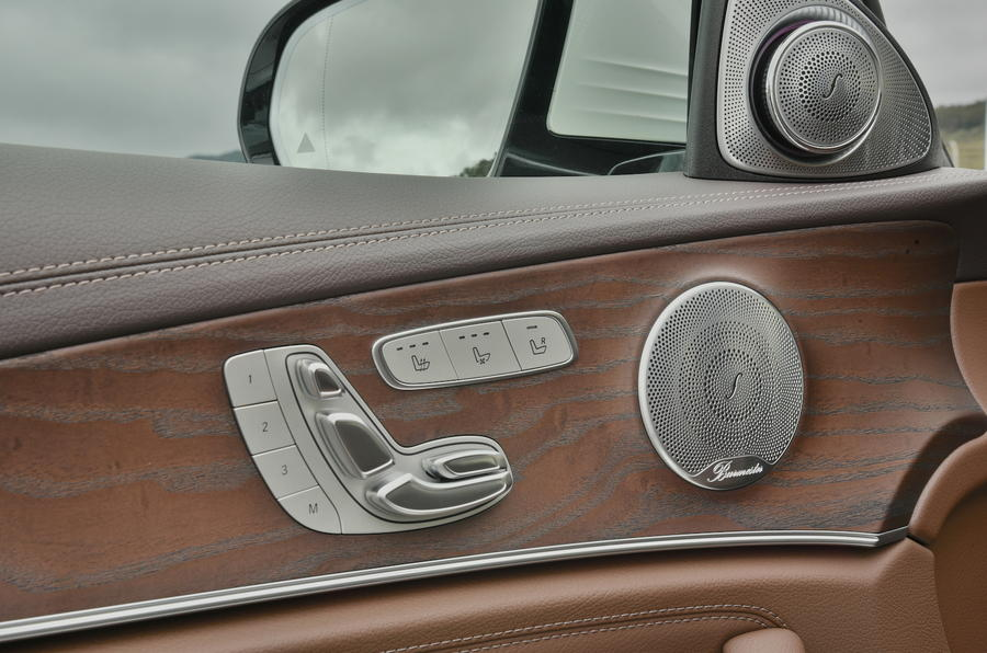 Mercedes-Benz E-Class door card