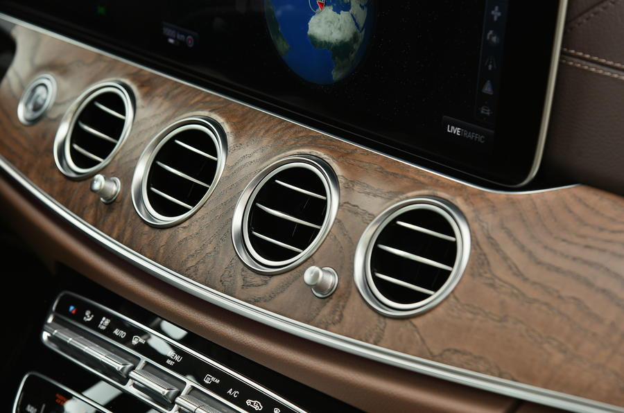 Mercedes-Benz E-Class air vents