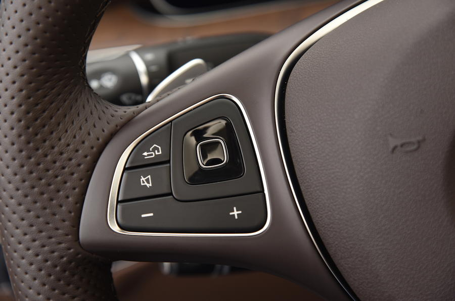 Mercedes-Benz E-Class steering wheel controls
