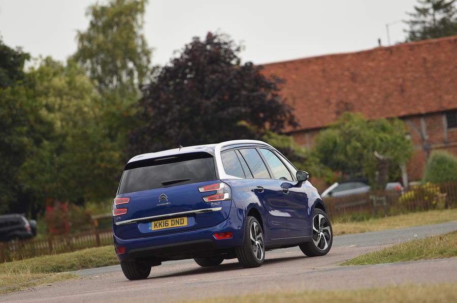 Citroën C4 Grand Picasso rear cornering