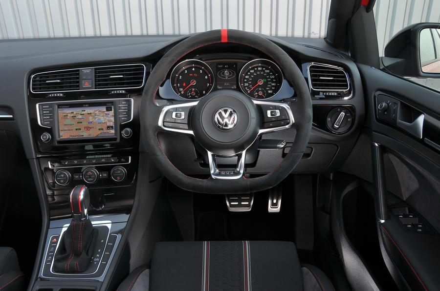 Volkswagen Golf GTI Clubsport Edition 40 dashboard