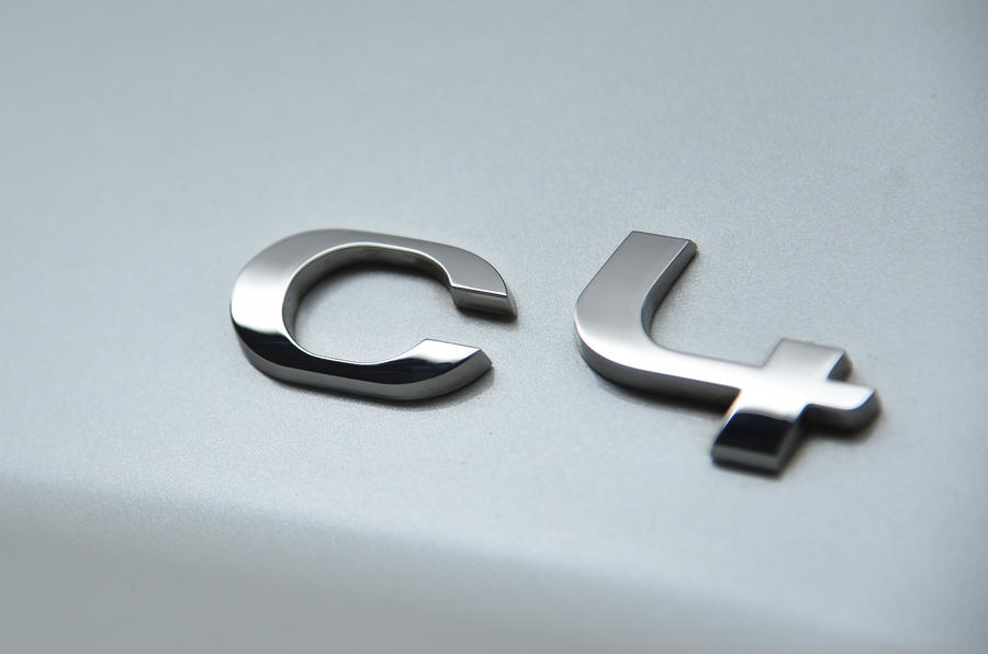 Citroën C4 badging