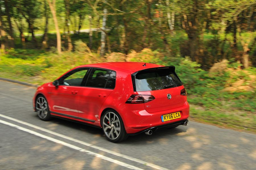 Volkswagen Golf GTI Clubsport top profile