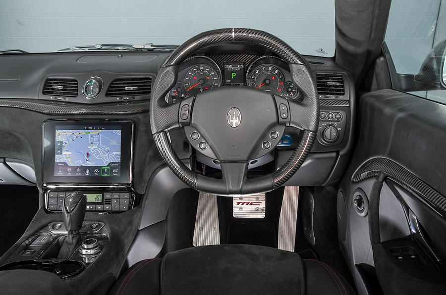 Maserati GranTurismo 2018 first drive review dashboard