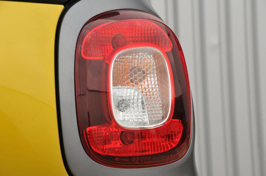 Smart Fortwo rear lights