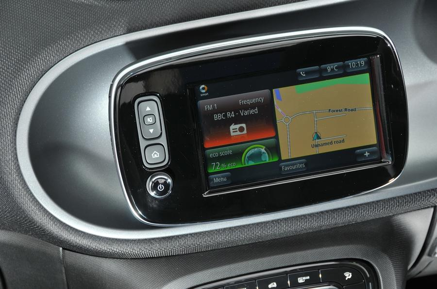 Smart Fortwo infotainment system