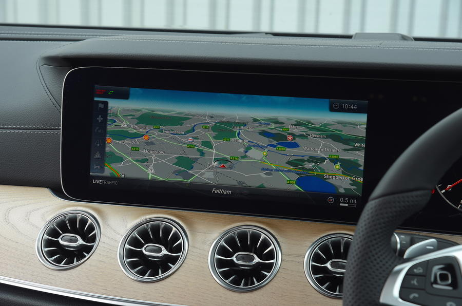 Mercedes E300 Coupe sat nav