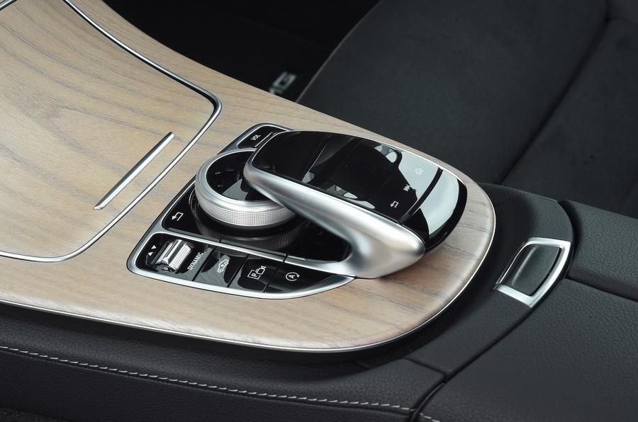 Mercedes E300 Coupe infotainment controller