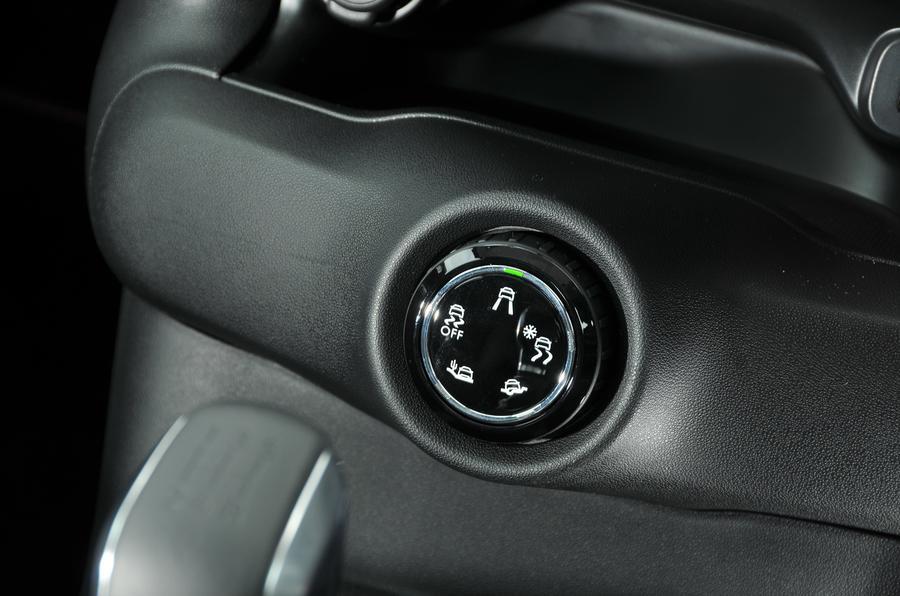 Citroen C4 Cactus Rip Curl off-road modes