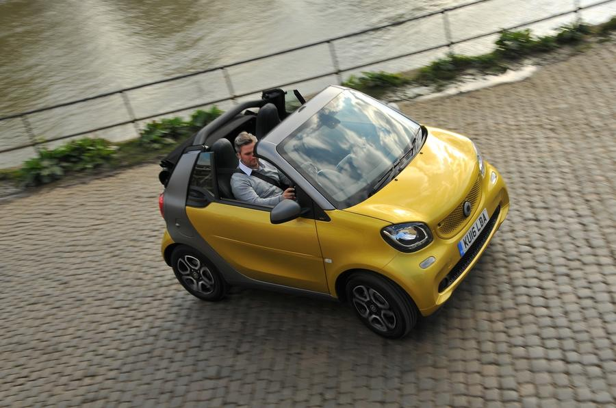 Smart Fortwo roof open