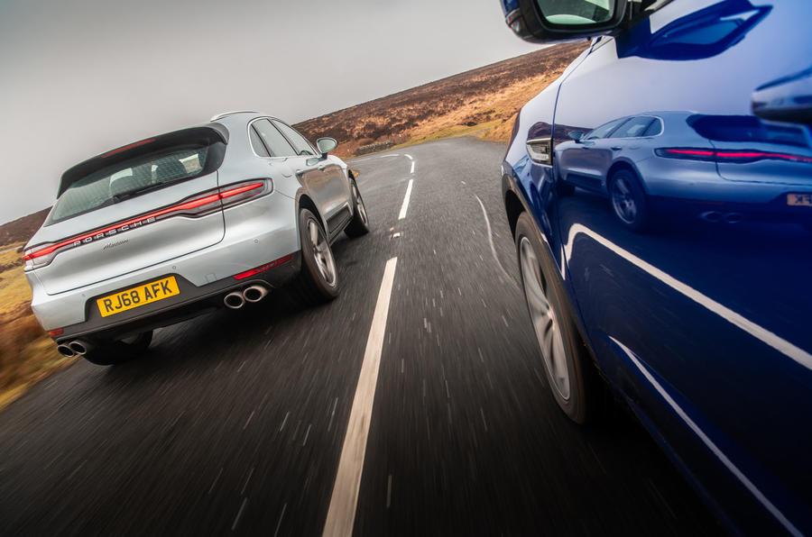 Porsche Macan vs Jaguar E-Pace 2019 - tracking