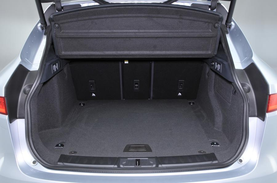 Jaguar F-Pace boot space