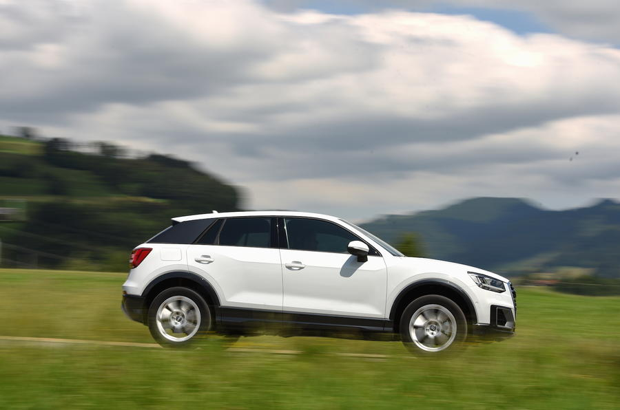 Audi Q2 1.0 TFSI SE side profile