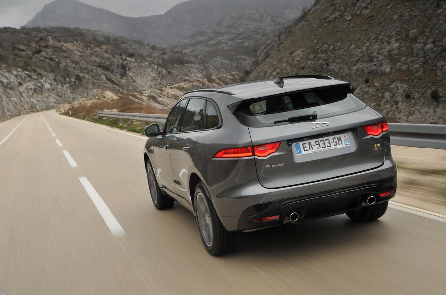 Jaguar F-Pace 3.0 V6 rear