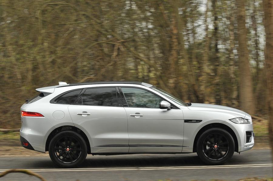 2016 jaguar f pace uk drive review review autocar. Black Bedroom Furniture Sets. Home Design Ideas