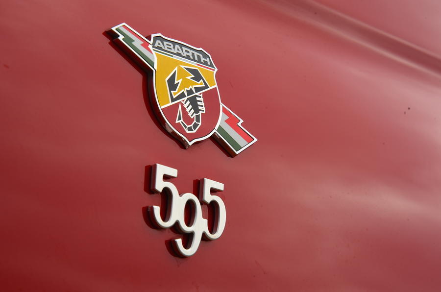Abarth 595 Badge
