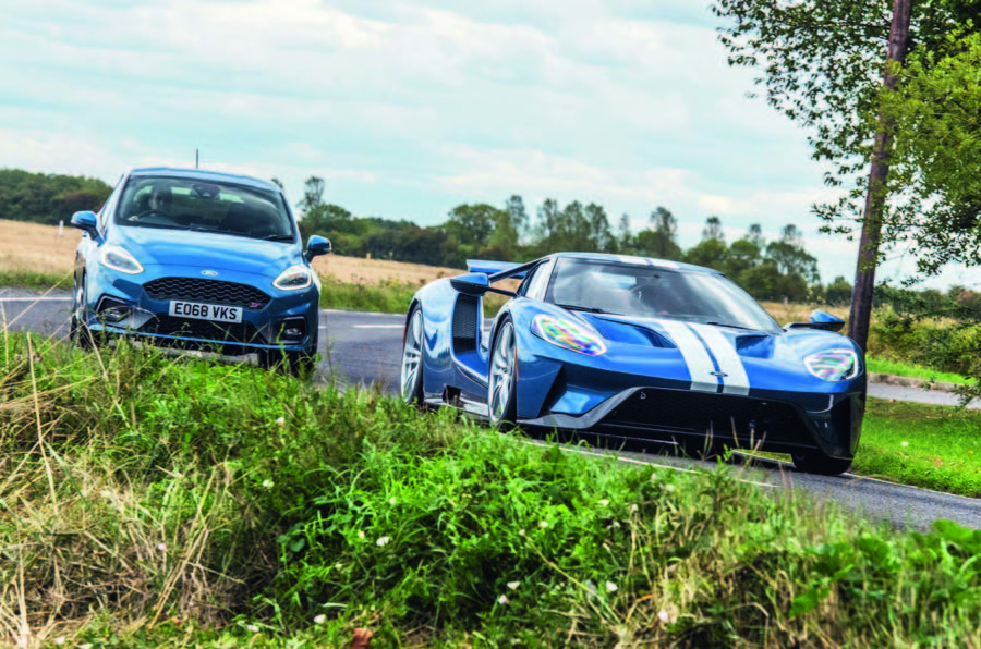 Ford GT vs Fiesta ST