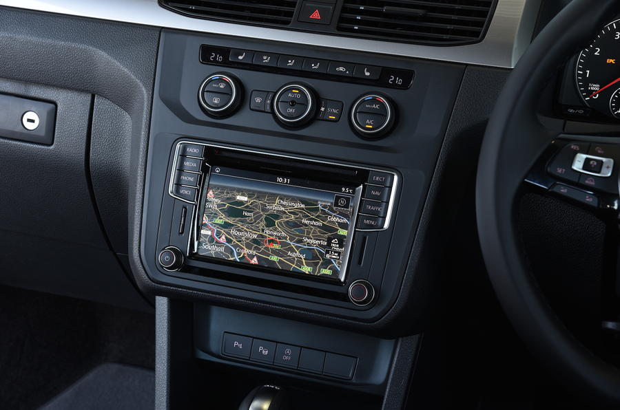 Volkswagen Caddy Maxi Life infotainment